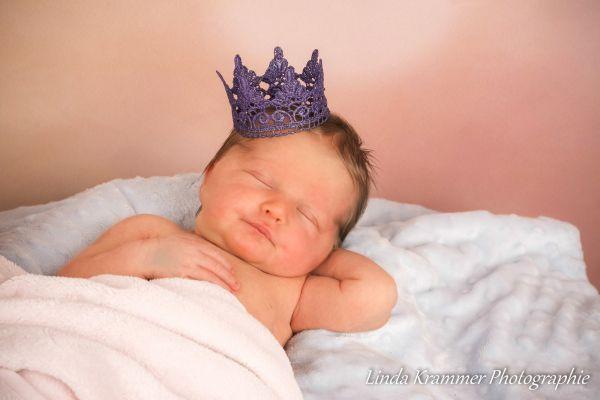 newborn-fotograf-08-muenchen4CE0B75B-862E-2EB3-BC6F-297E132973F1.jpg