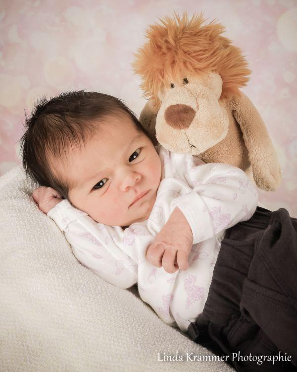 babyfoto-0258A9A548A-AE76-7CAA-4F30-7AEDC7686B16.jpg