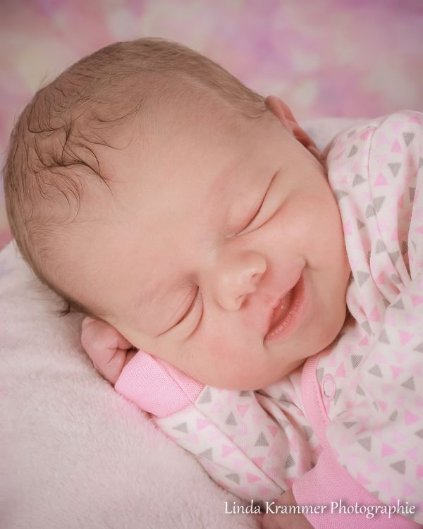 babyfoto-03470A7069D-E289-729E-D14D-3BEE7B7E7367.jpg