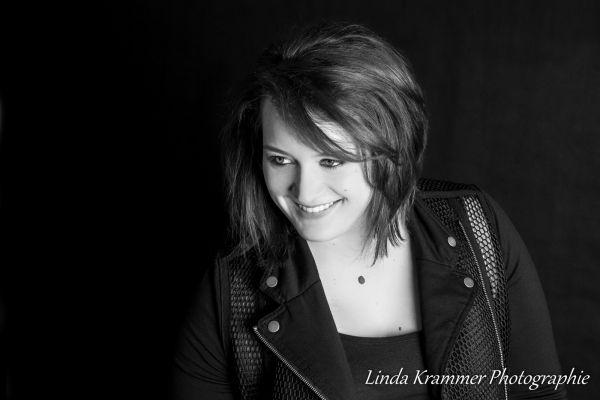 portraitfotografie-muenchen-tegernsee-00350579959-1BAB-21A7-6D78-F7A0522FE917.jpg