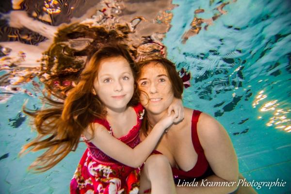 familienportrait-unterwasser-0390F5735E-5CCD-3498-DA31-FE6A9E212F6C.jpg
