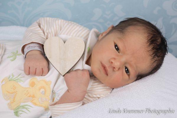 neugeborene-fotograf-muenchen-dachau-001E95DBE1A-9036-73CA-CD28-27723CCA443B.jpg