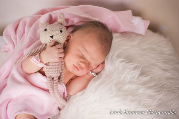 neugeborenenfotograf-muenchen-dachau-003B10D8EF0-1E05-442C-23CB-FD41D04AAABC.jpg